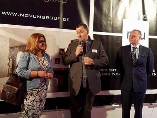 v.l.n.r.: Samira Said, Hannes Derfler, Michael Davidson